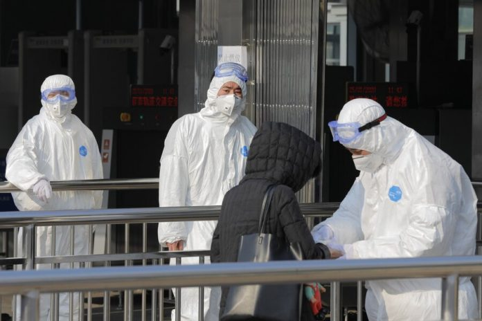The expert said that the coronavirus is transmitted not through the parcel from China