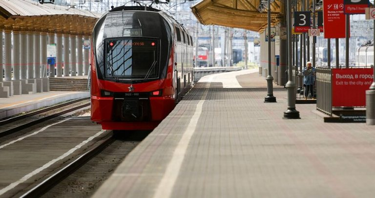 Aeroexpress trains to Vnukovo direction followed with deviations from the schedule
