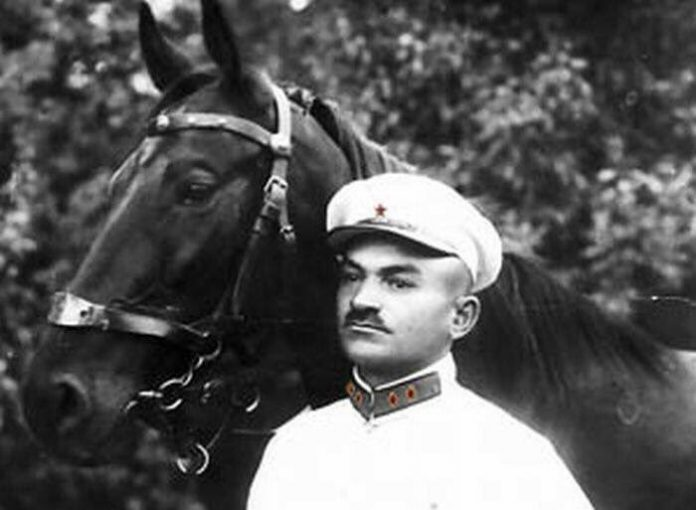 Armenian red army commander took revenge on the Turkish Minister of war during the genocide