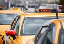 In Moscow taxi driver stole from a customer's Bank card almost 500 thousand rubles