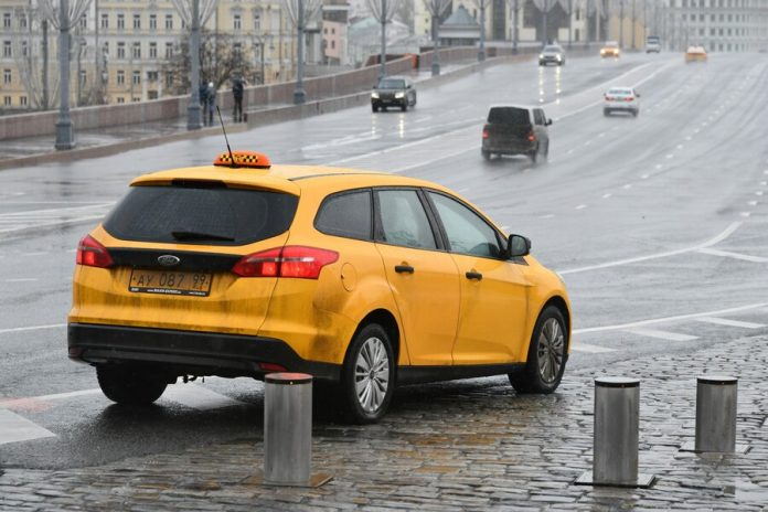 In the state Duma called on taxi drivers to contact the police in cases of attacks on passengers