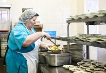Putin said that the idea of free meals for primary classes is not supported from