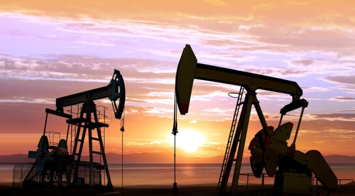 The analyst explained to US dependence on Russian oil