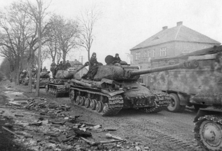 """Tanks Chernyakhovsky against the """"people's Grenadier"""": what ended the first assault of East Prussia"""