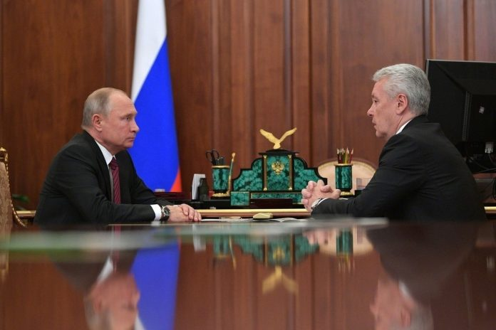 The Kremlin: the mayor agreed to a stricter regime of self-isolation Putin