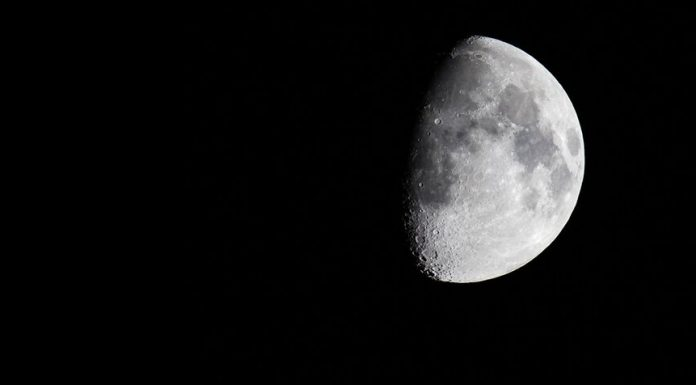 Roscosmos has criticized the decree on the right of States to extract resources of the moon