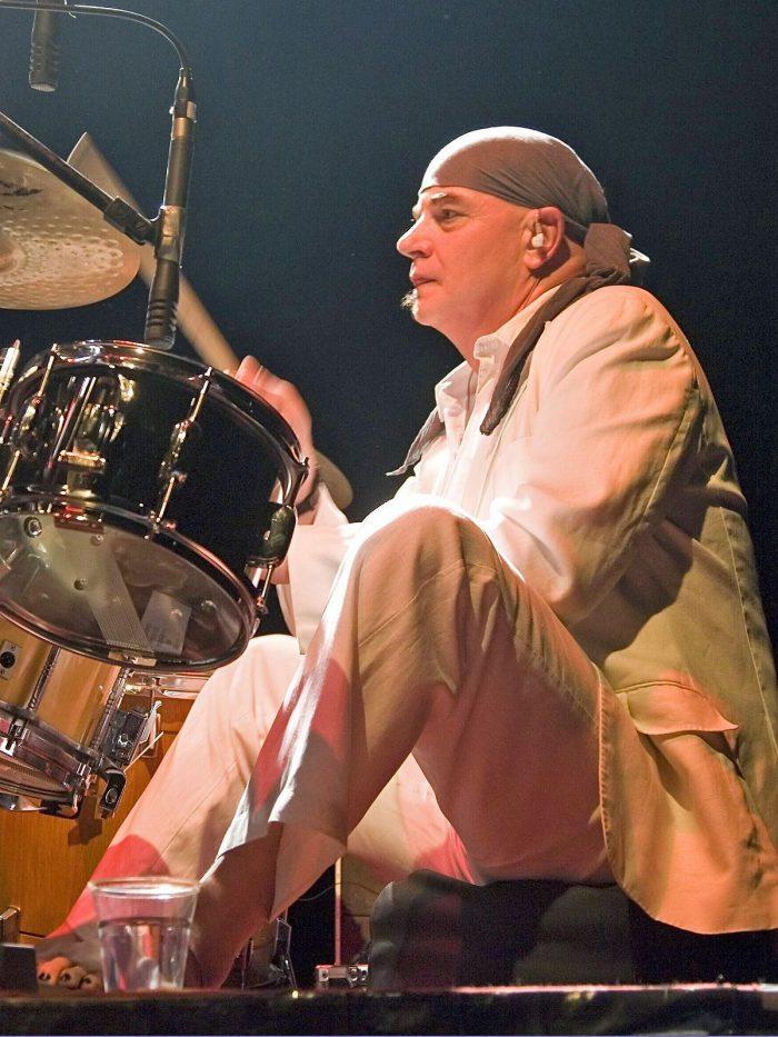 City: Schlagzeuger der legendären Ostrock-Band ist tot