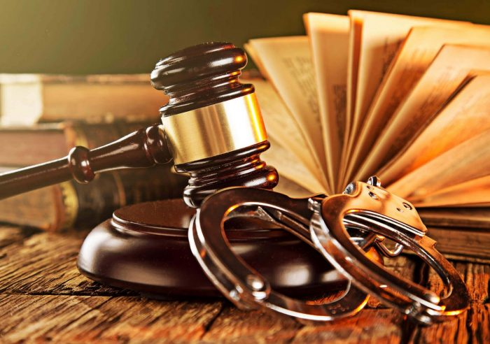 Understanding the Responsibilities of a Criminal Defense Attorney - Law &  Crime News